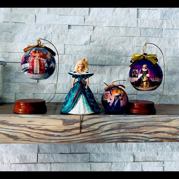 Barbie ornaments set